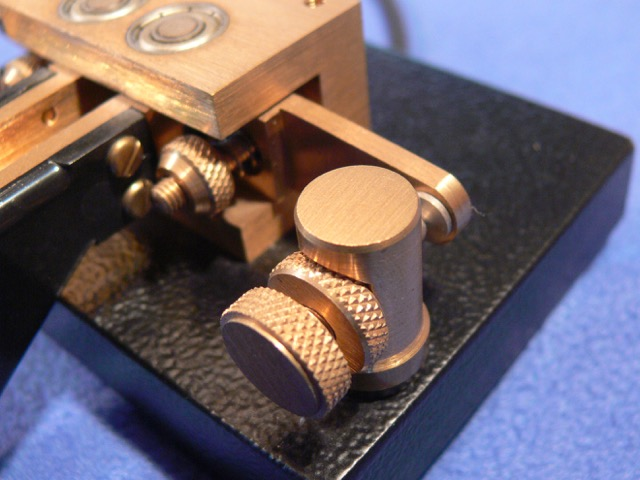 Kent Twin Paddle Morse Key TP1-B close up